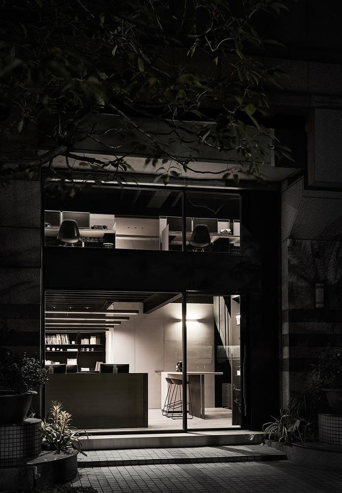 黑色工作室
