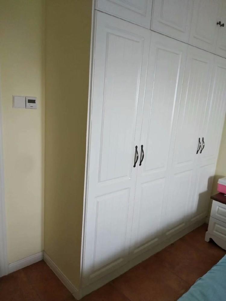 明發香山郡,所有柜子和柜門都是現場做