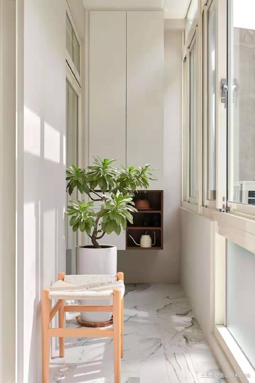 简单清新脱俗的简约风格阳台现代简约阳台设计图片赏析