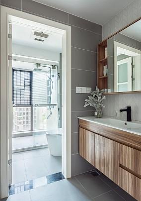 89㎡三居室简约小户型也的无限可能卫生间设计图片赏析