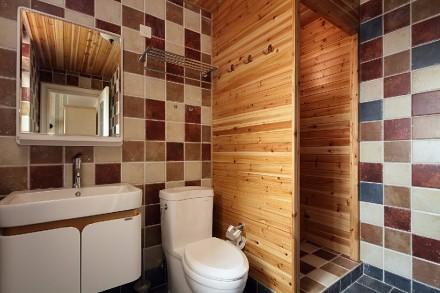 典雅复古美式诠释复古潮卫生间