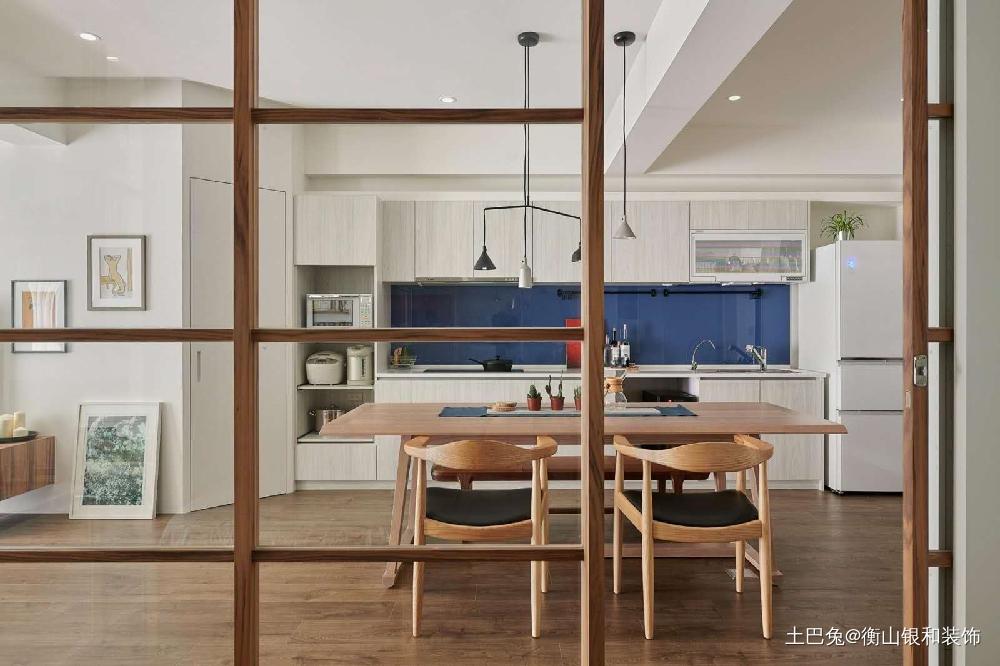 简单清新脱俗的简约风格厨房现代简约餐厅设计图片赏析