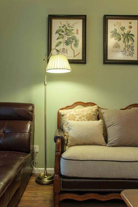 清新典雅复古美式三居客厅