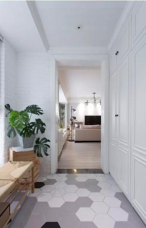 130平的三居室,简洁舒适的北欧风阳台设计图片赏析