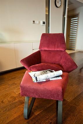 简约风格三居室,静谧中回首岁月的沉淀功能区现代简约设计图片赏析