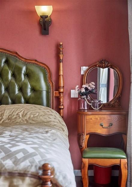 80㎡美式二居室,鸟语花香美式家卧室