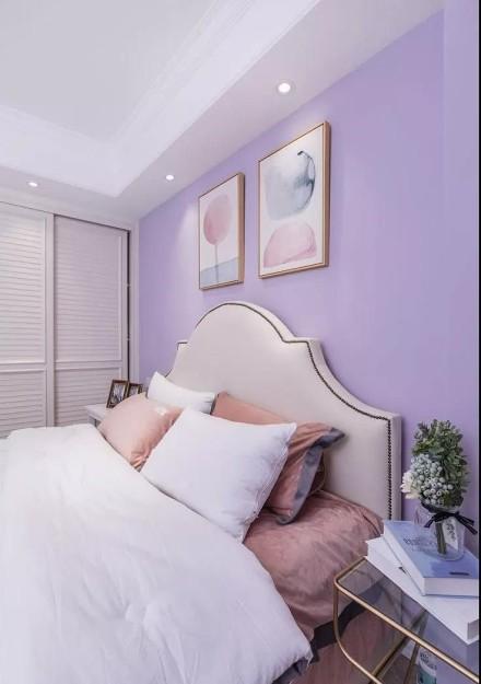 120三居室美式幽雅蓝卧室
