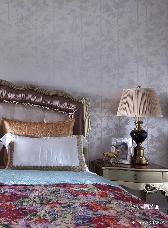 轻奢欧式小跃层有品质部浮夸卧室欧式豪华卧室设计图片赏析