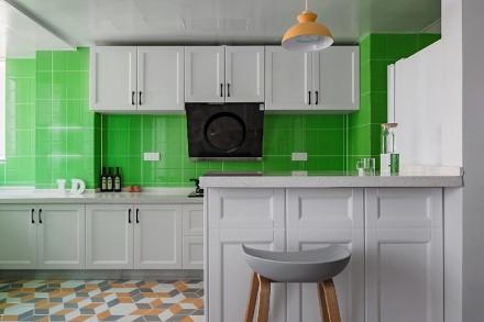 三居室现代风格,色彩、空间都刚刚好!餐厅