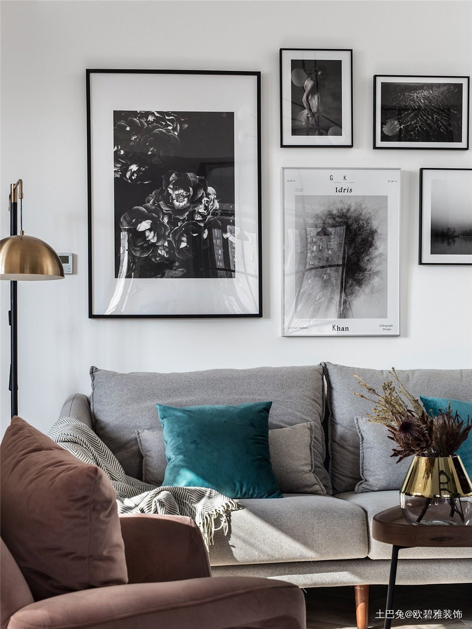 69平轻奢风二个人住刚刚好客厅现代简约客厅设计图片赏析