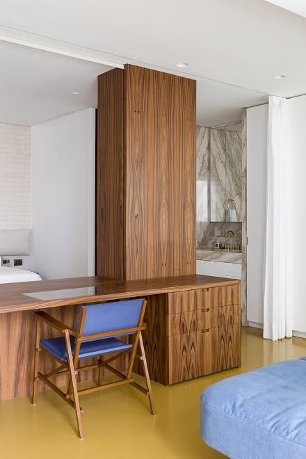 现代简约 耶岛细纹木的小窝客厅