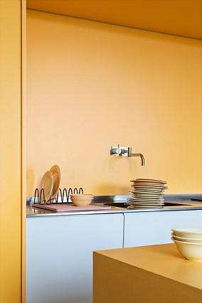 白色+黄色的室内设计,高级又有范餐厅现代简约设计图片赏析