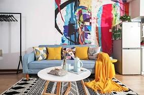 色彩的碰撞,原来loft还可以这样装修客厅北欧极简设计图片赏析