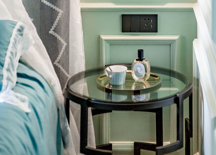 低调的质感,优雅的基调打造美式风卧室