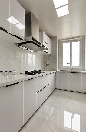 95平现代风三居室,传递优雅的生活体验11190034