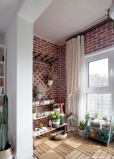 120平中日式风三居,清晰简单的家阳台