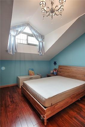 顶层复式有猫有狗的生活~卧室日式设计图片赏析