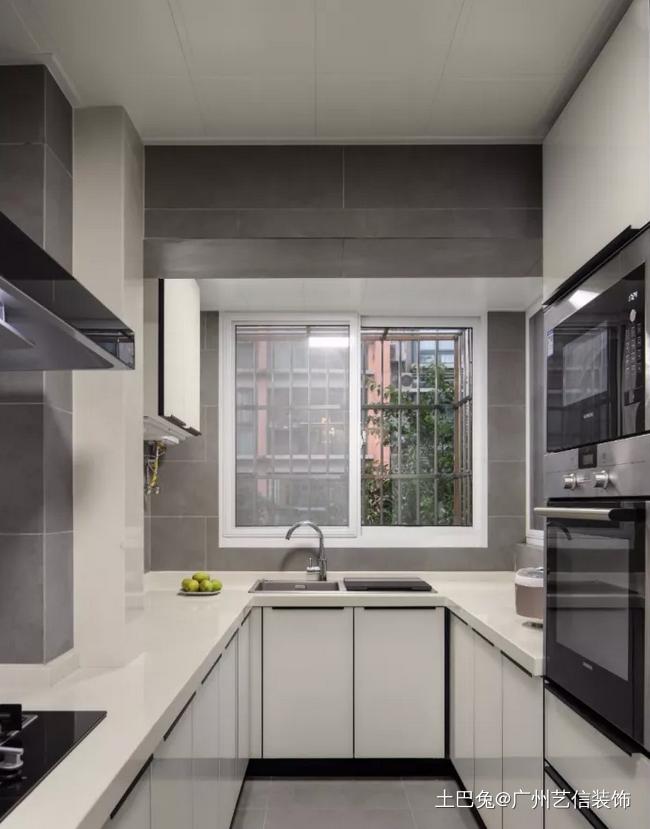 现代简约飘窗打造诗意栖居地!餐厅现代简约厨房设计图片赏析