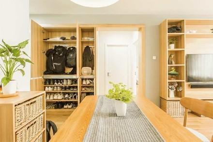 60平米打造温馨舒适二居玄关