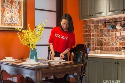 东情西韵,两种腔调造异域风采厨房