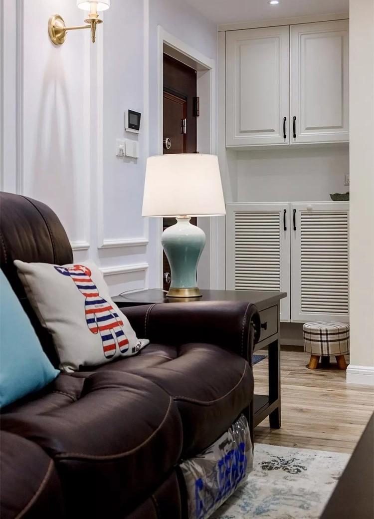 现代美式,电视背景墙做个矮墙更显宽敞