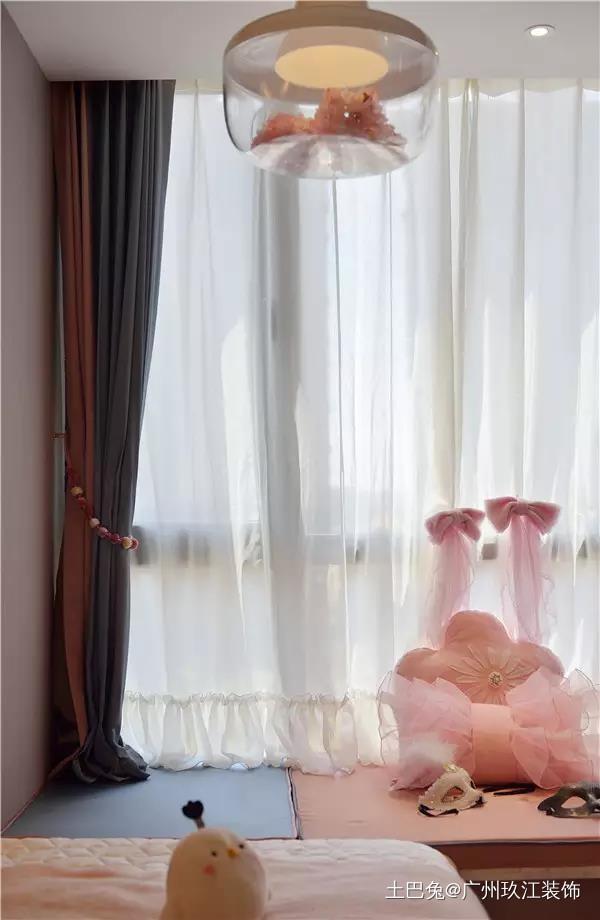 50平方现代风格长条形的单身公寓功能区现代简约功能区设计图片赏析