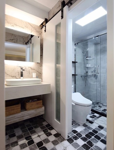 87平米打造简约二居卫生间