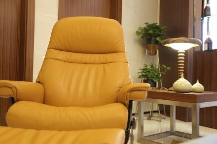现代简约设计,让空间沉淀时光的暖意!功能区