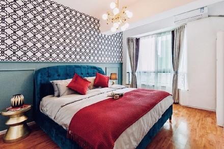 二手房改造法式小调,迷人色彩卧室