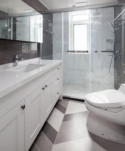 优雅美式3室2厅,享受繁华都市的宁静生活卫生间