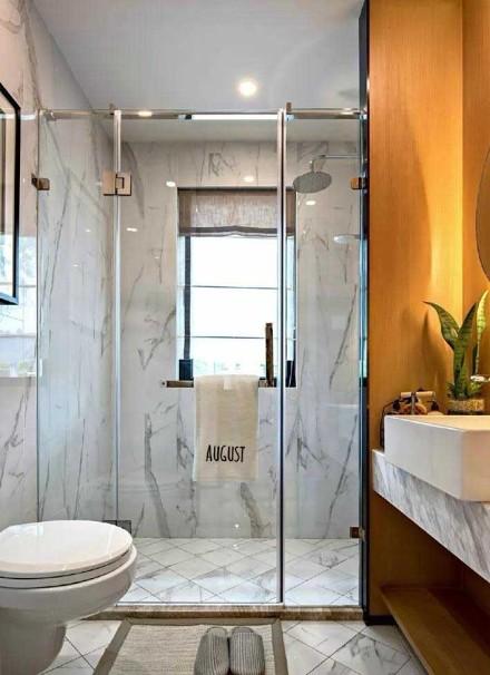 97㎡两居室装修,惬意温馨卫生间