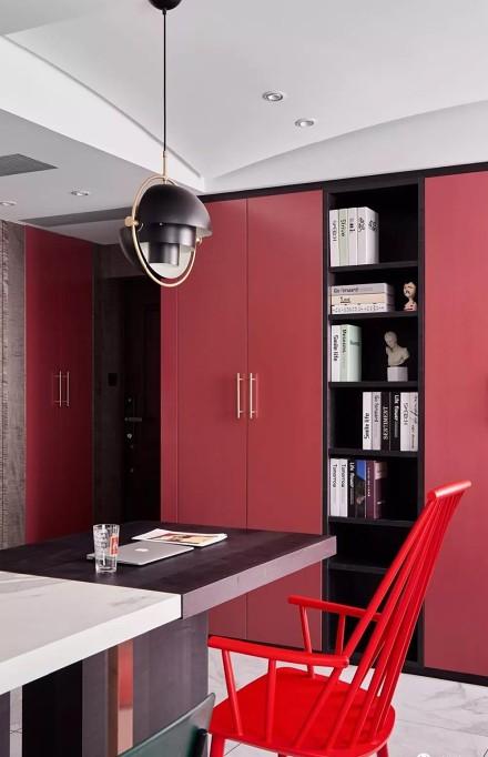 130㎡现代时尚宅,色彩鲜明大胆厨房