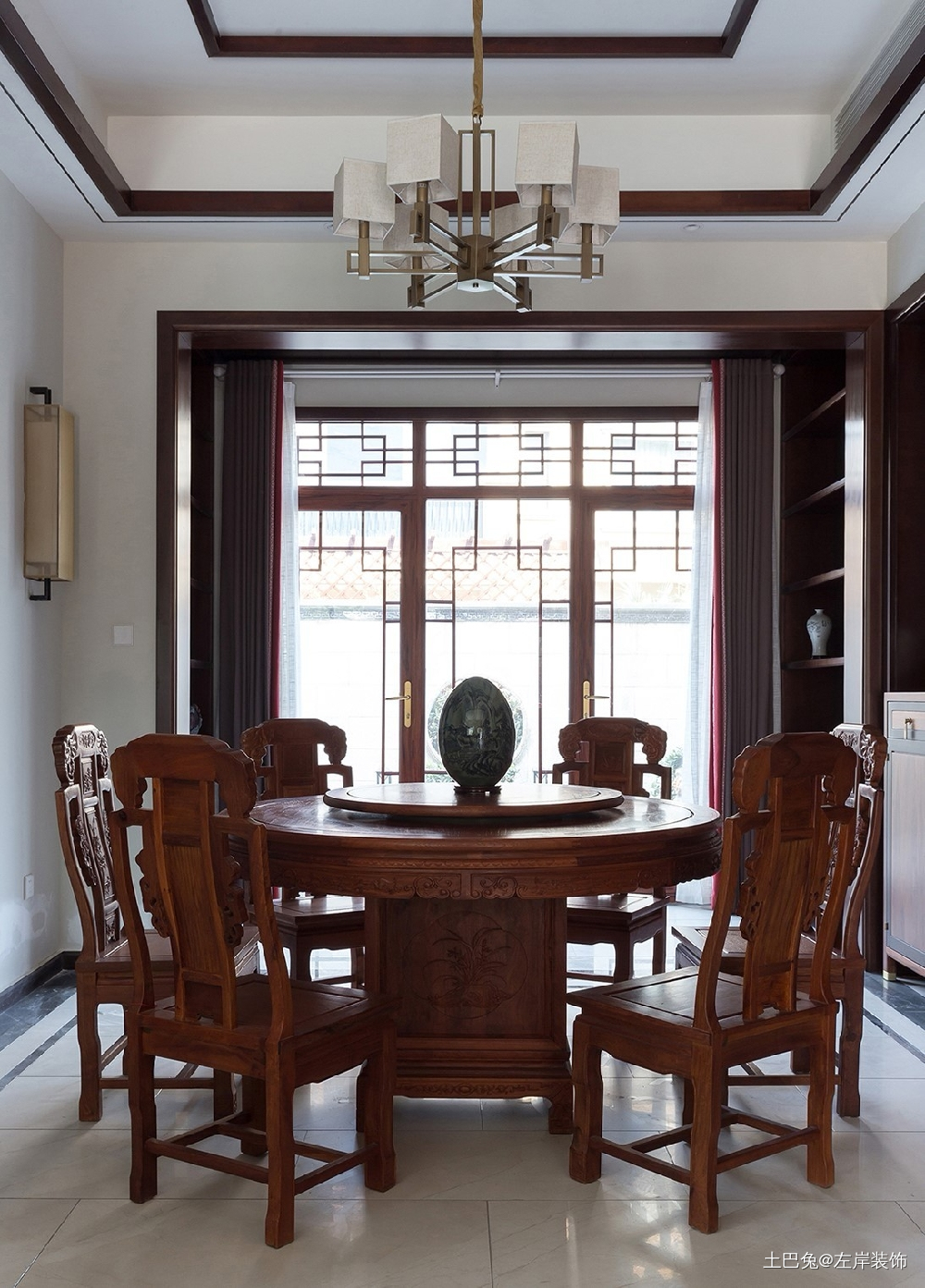 260平方中式风格设计红木家具搭配设计厨房中式现代餐厅设计图片赏析