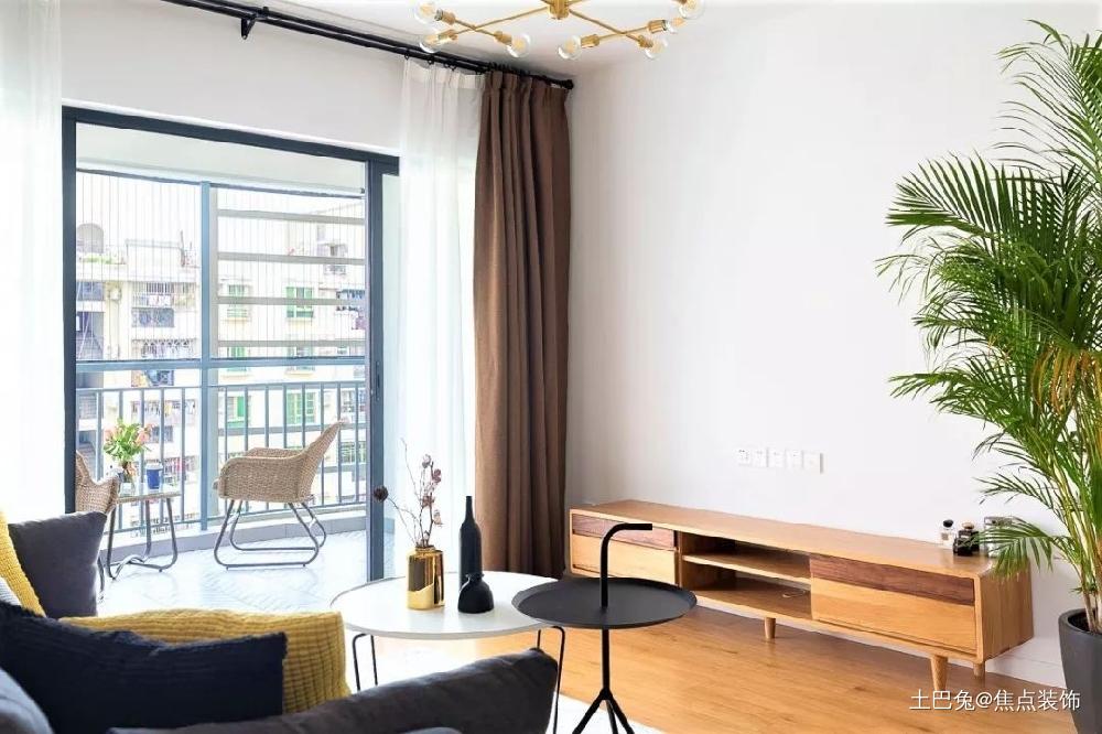 77㎡简约温馨两居室客厅窗帘现代简约客厅设计图片赏析