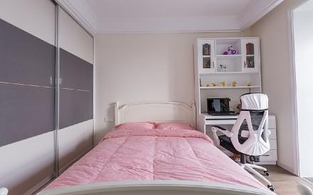 现代简约三居室126平米卧室