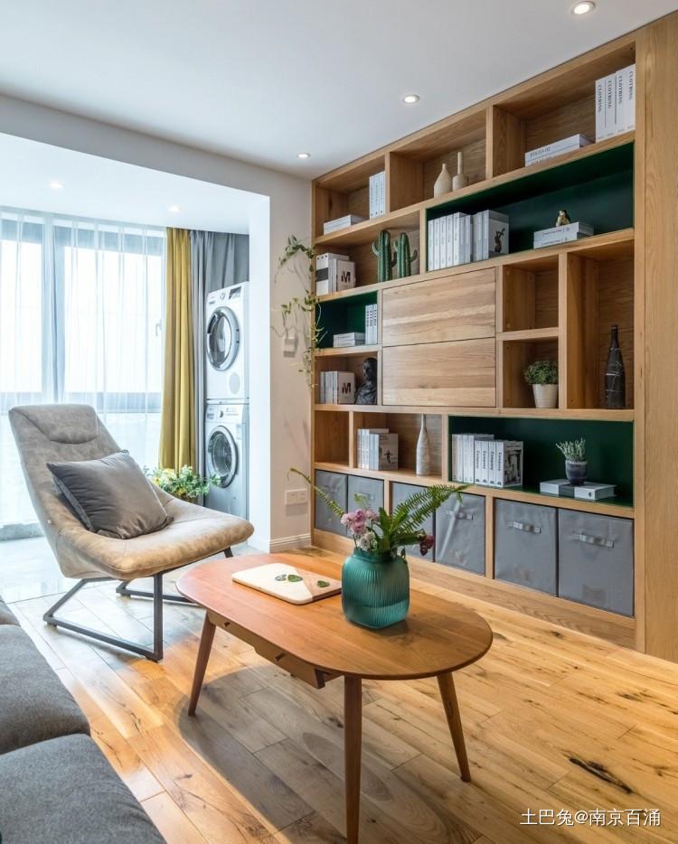 89m²客厅做全面墙书柜+隐形门客厅现代简约客厅设计图片赏析