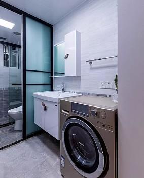 73平现代混搭两室,墨绿配金色卫生间潮流混搭设计图片赏析