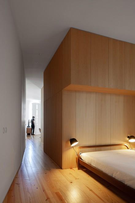 极简装修精致生活大两居原木风卧室