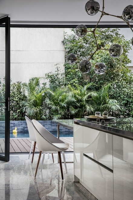 95m²现代简约,气质出众的温暖美家餐厅