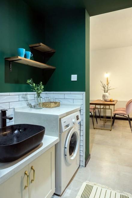 网红绿轻松装扮你的宜家小二居卫生间