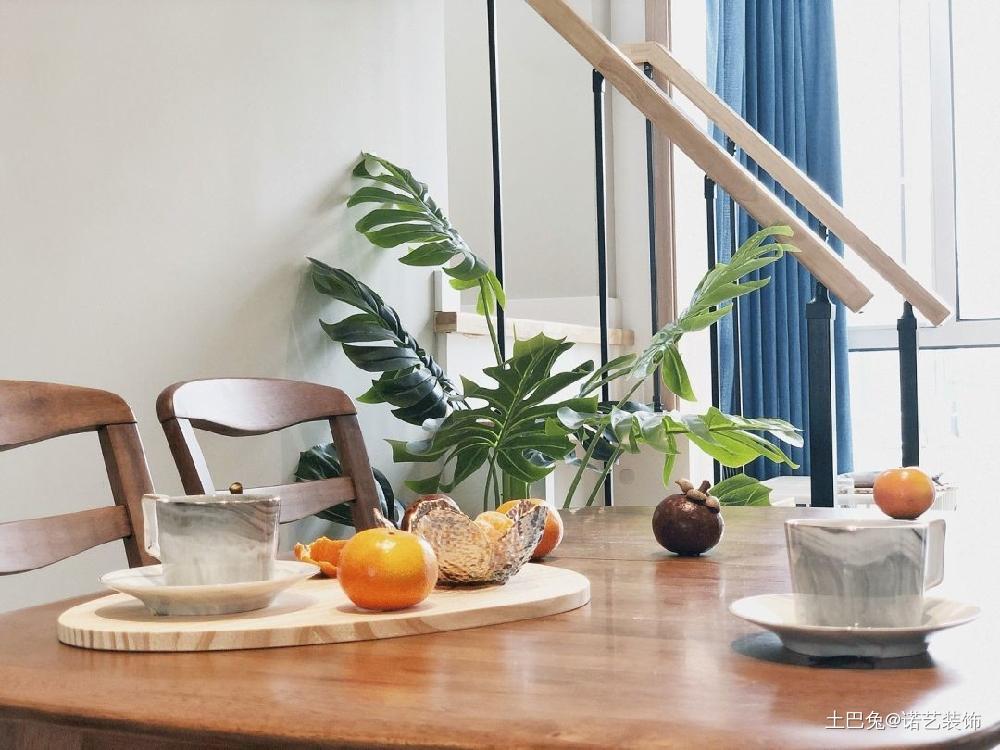 86㎡北欧顶层小复式清新舒适好自然厨房北欧极简餐厅设计图片赏析
