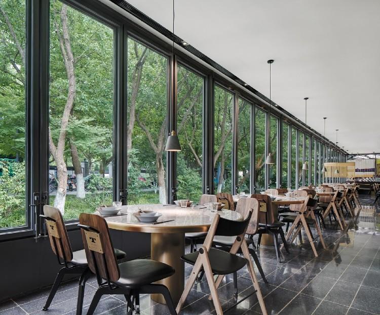 現代簡約餐廳,文化自然一體