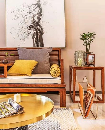 130平米的三居室,中式风格客厅