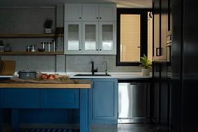 日式极简风格跃层三居室餐厅日式设计图片赏析