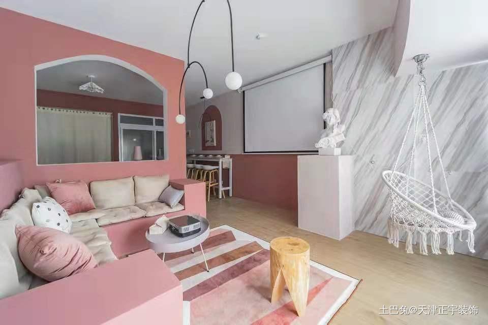 浪漫的北欧风少女居家客厅木地板现代简约客厅设计图片赏析
