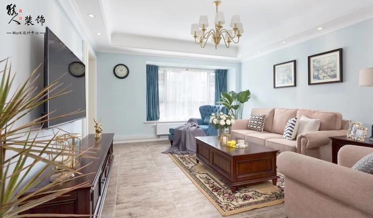120平簡美三室 淡藍色墻面貫穿整屋