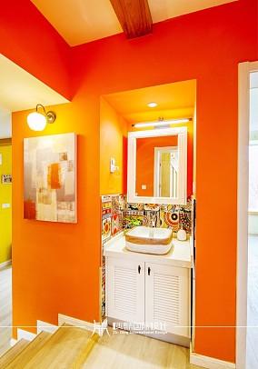 85m²混搭,黄色皇家风范卫生间1图潮流混搭设计图片赏析