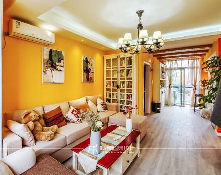 85m²混搭,黄色皇家风范客厅1图
