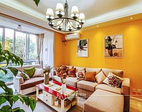 85m²混搭,黄色皇家风范客厅3图潮流混搭设计图片赏析