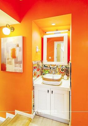 85m²混搭,黄色皇家风范卫生间2图潮流混搭设计图片赏析